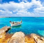 Boot am Strand von Els Pujols - Formentera