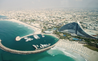 Burj Al Arab in Dubai - Jumeirah Beach